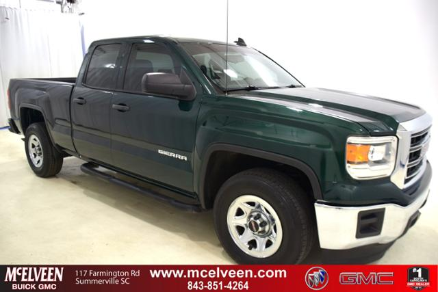 Pre-Owned 2015 GMC Sierra 1500 2WD Double Cab 143.5